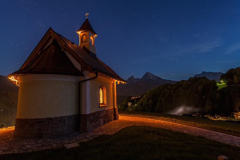the little church von lichtfreunde ISO: 1000 | F4 | 20mm. | 30 Sekunden