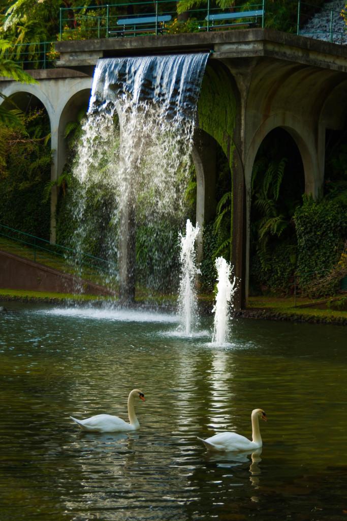 Brunnenähnlicher Wasserfall