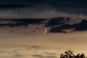 Mond und Wolken im Zusammelspiel – 6