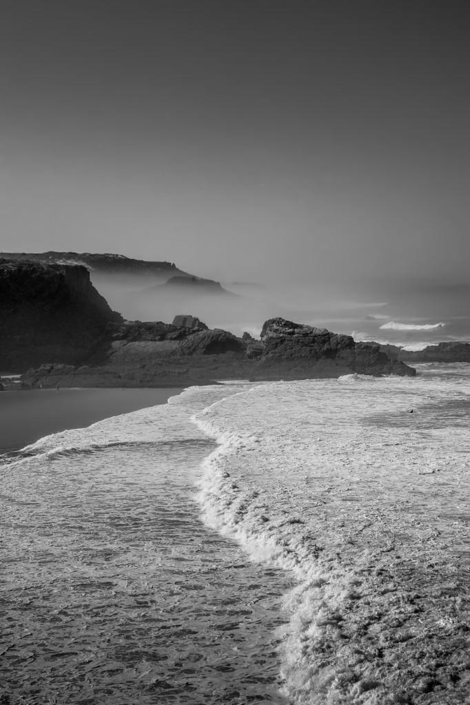 Meer in schwarz weiß