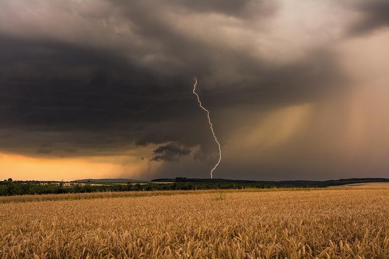 Abendliches Blitzspektakel von Bastian Werner