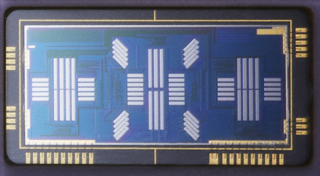 40_EOS-1D X_parts_AFsensorb_EUR