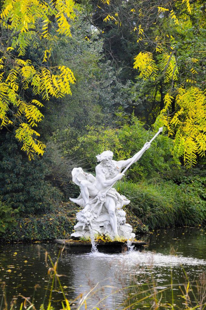 herbst-statue