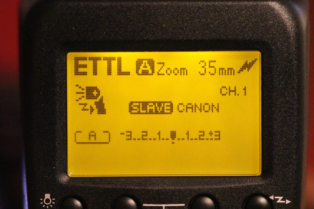 ETTL-Anzeige im Blitz-Display