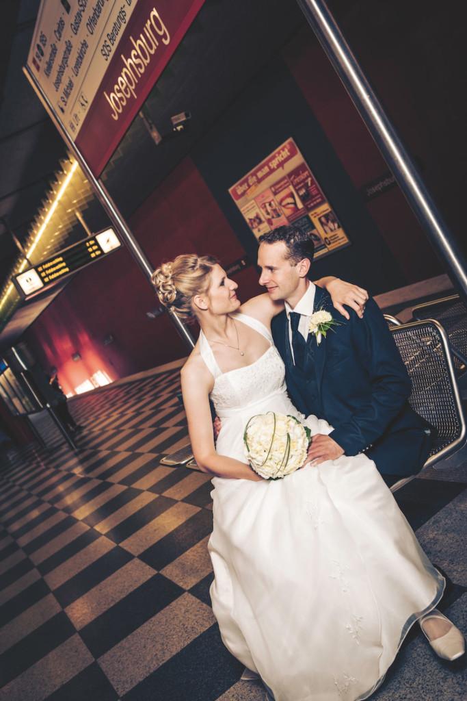 Hochzeitsfotografie am Bahnhof