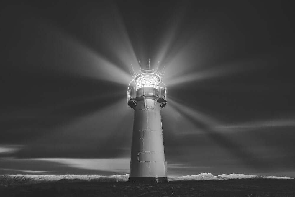 Leuchtturm in Schwarzweiß