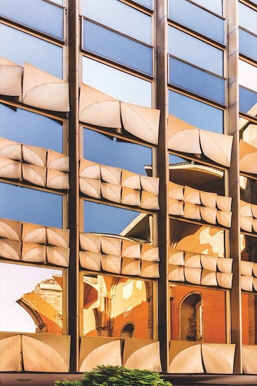 Architektur im harten Licht
