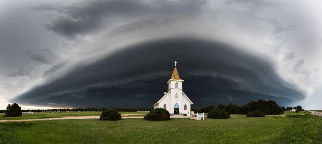 Nikon Kirche