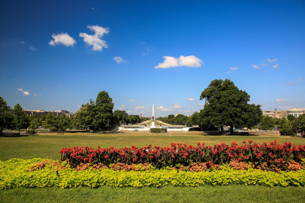 Landschaftsaufnahme mit Blick auf das Washington Memorial Ultraweitwinkel