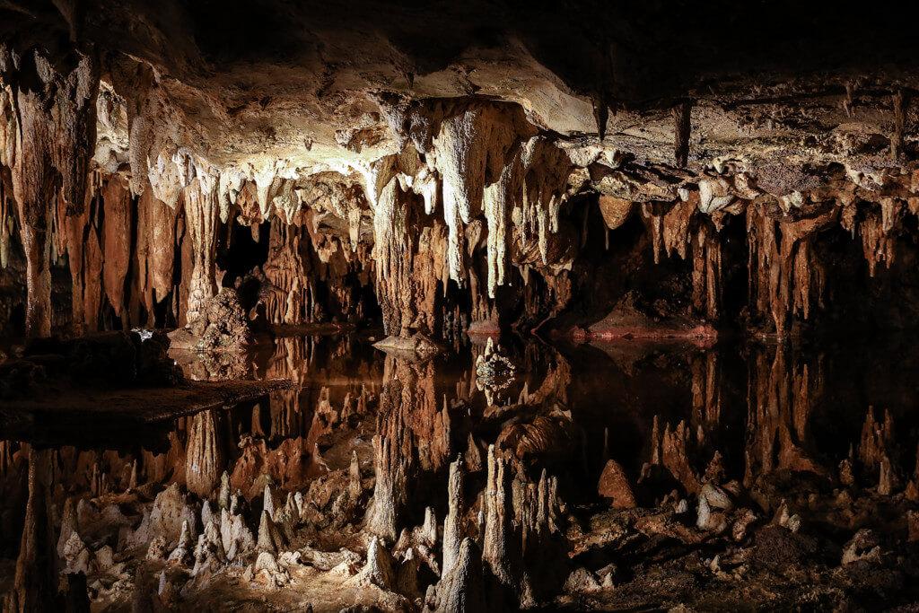 Fotos aus einer Tropfsteinhöhle in der Nähe des Shenandoah-Nationalparks USA