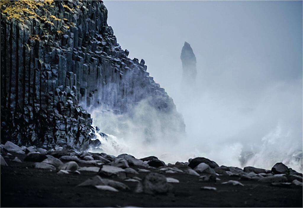 Sturmböen und Sprühnebel am Antlantik