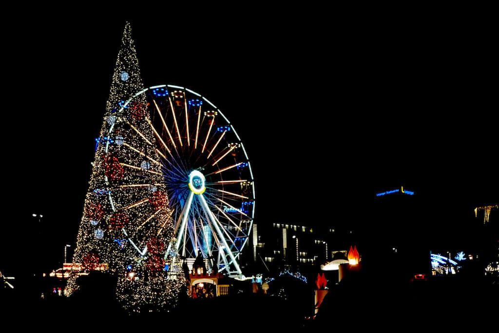 Fotografieren auf dem Weihnachtsmarkt in Leipzig