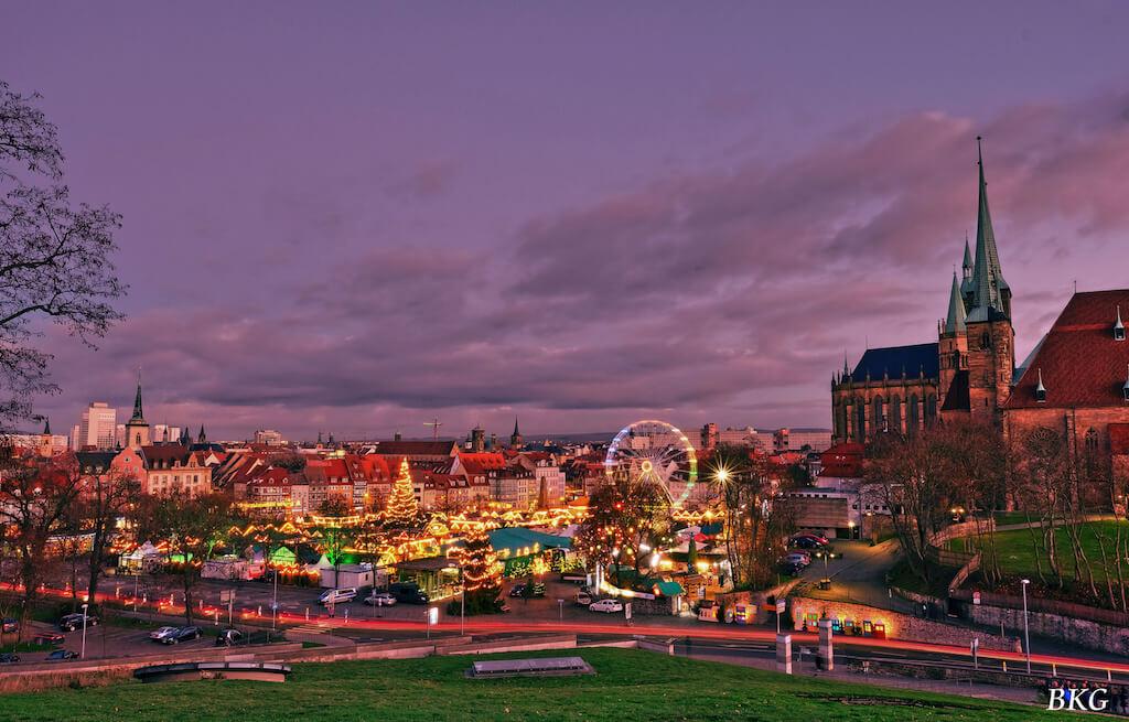 Weihnachtsmarkt vom Weiten aus fotografieren