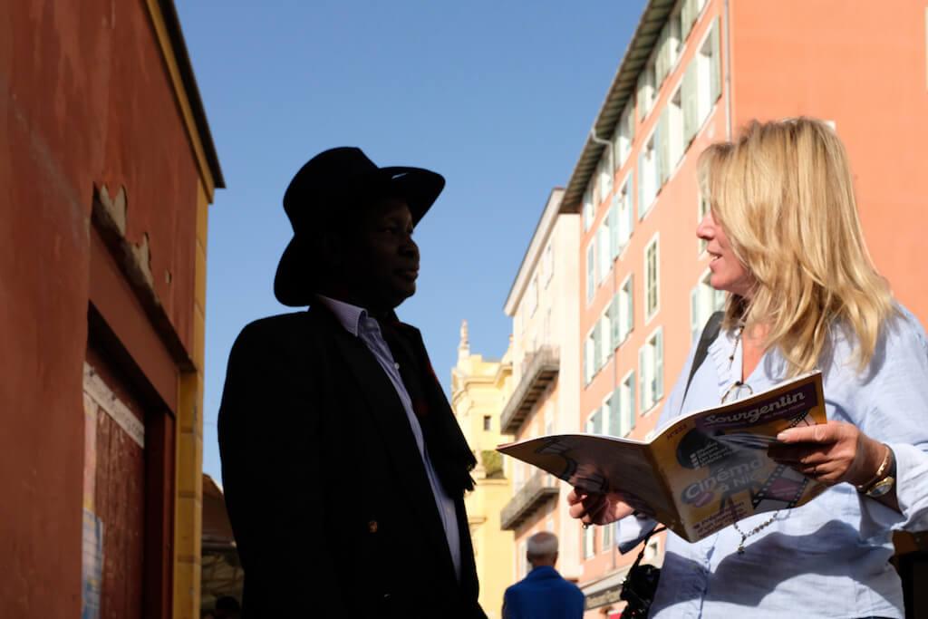 Schattenspiel in Nizza fotografieren