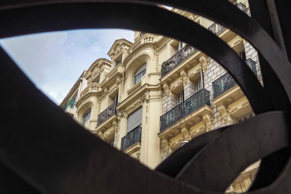 Das goldene Viertel in Nizza fotografieren
