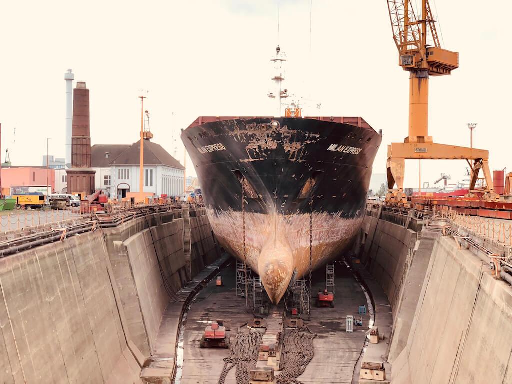 Blick in eine Bremerhavener Werft