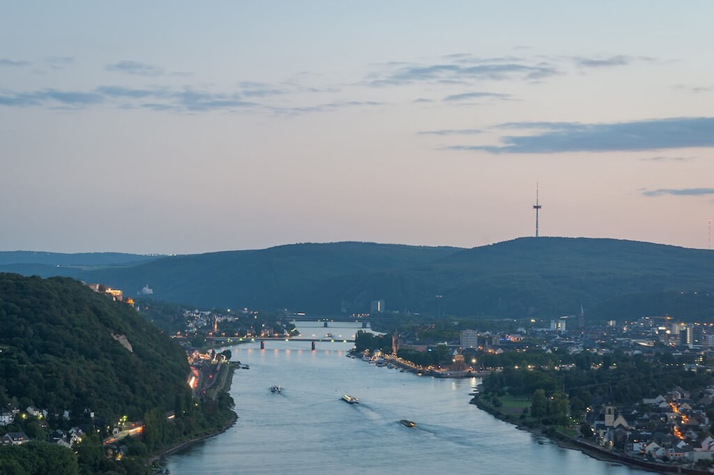 Geheimtipp für Fotografen: Ausblick vom Kaiser-Friedrich-Turm auf Koblenz