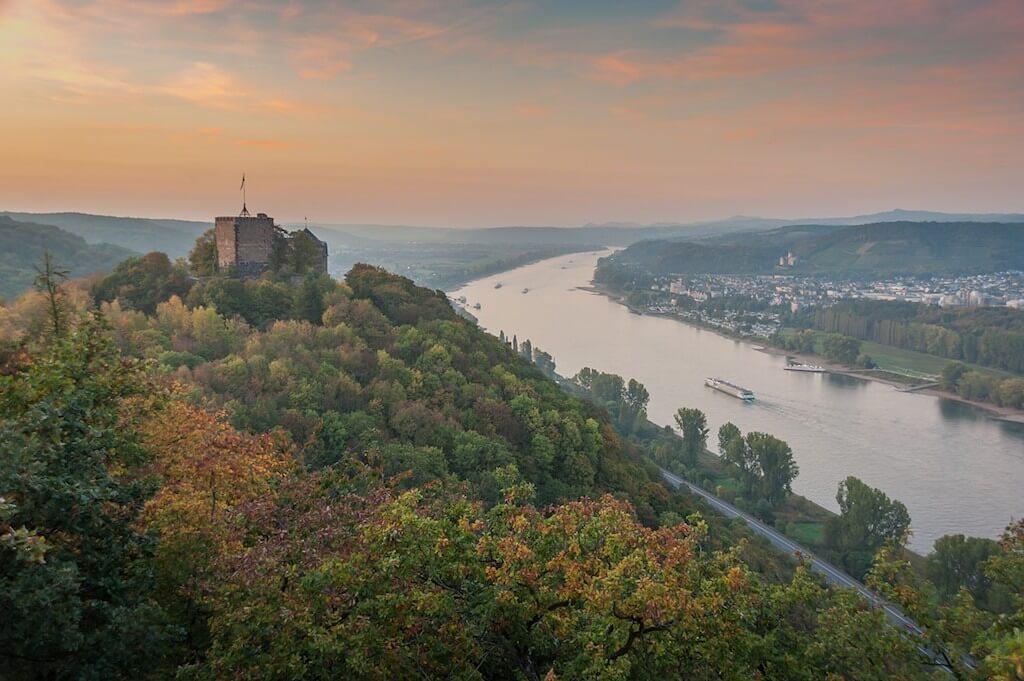 Landschaftsfotografie im Mittelrhein: Burg Rheineck in Bad Breisig fotografieren