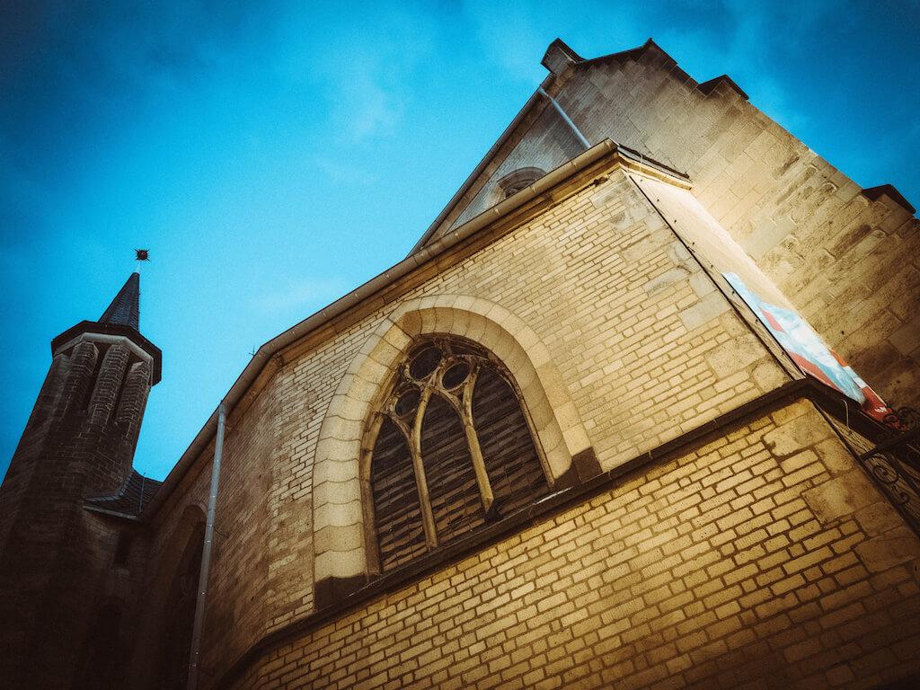 Die Bonner Remigiuskirche fotografieren