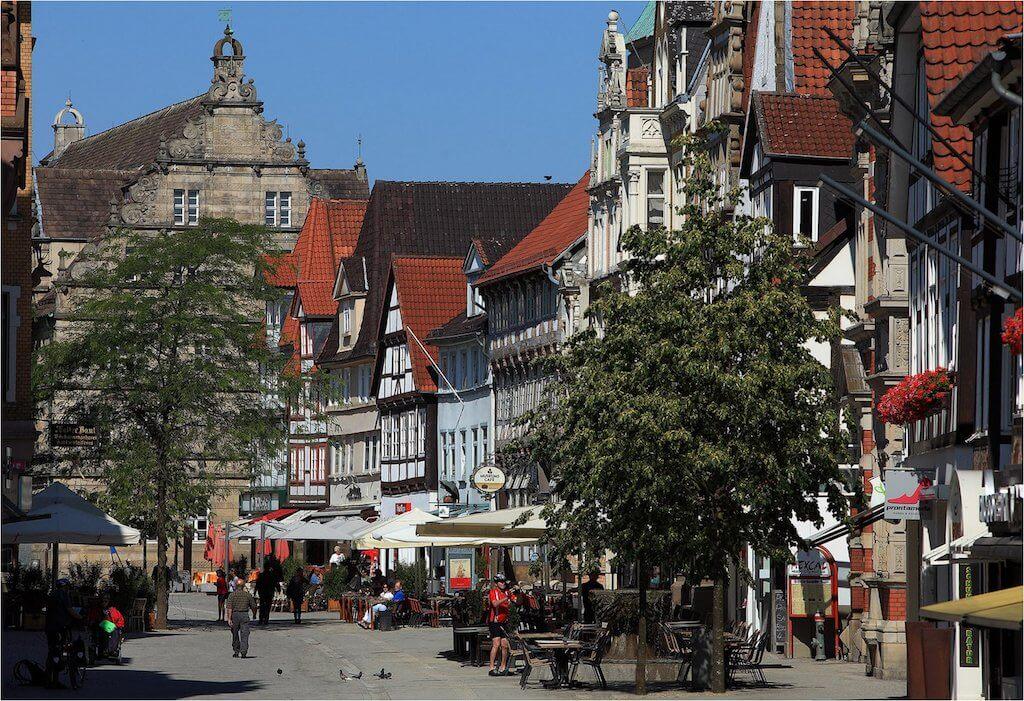 Hamelns Prachtstraße, die Osterstraße, gehört zu den schönsten Sehenswürdigkeiten