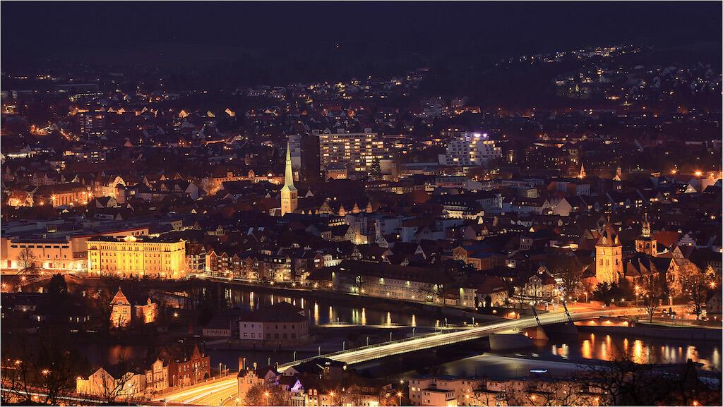 Fotografieren in Hameln: Panorama-Aufnahme bei Nacht