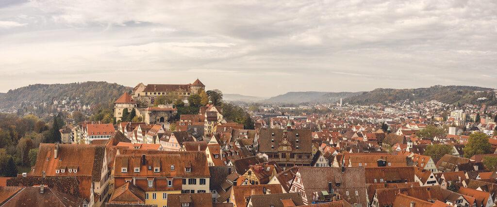 Die Aussicht über Tübingen auf dem Kirchturm genießen