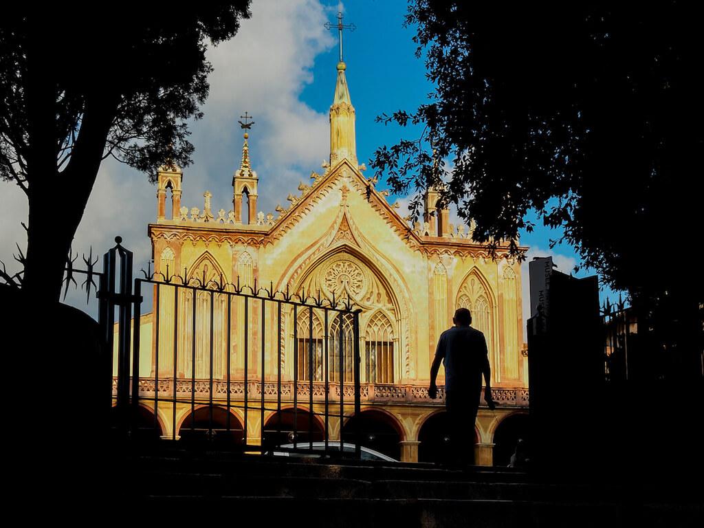 Sehenswürdigkeiten im goldenen Viertel von Nizza fotografieren
