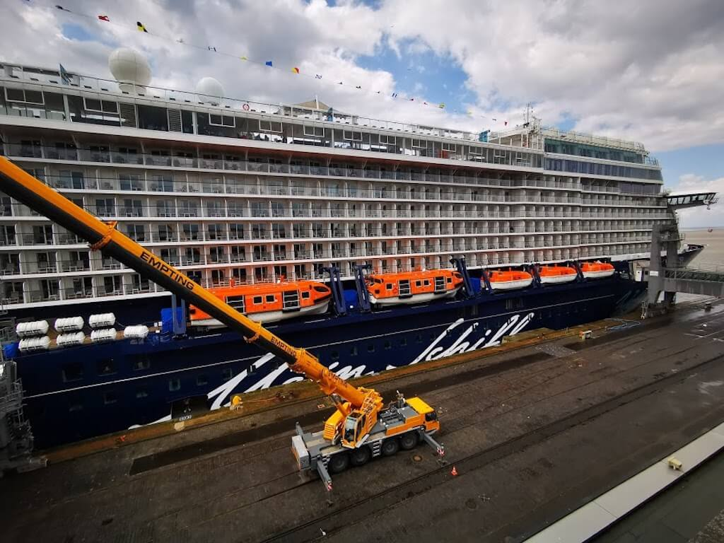 Kreuzfahrtschiffe tragen zur Stimmung bei in Bremerhaven