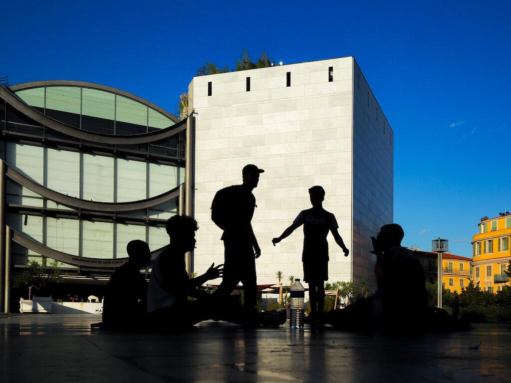 Architektur in Nizza fotografieren: Museum der modernen Kunst