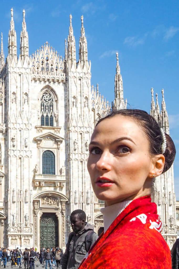 Touristen in Mailand fotografieren