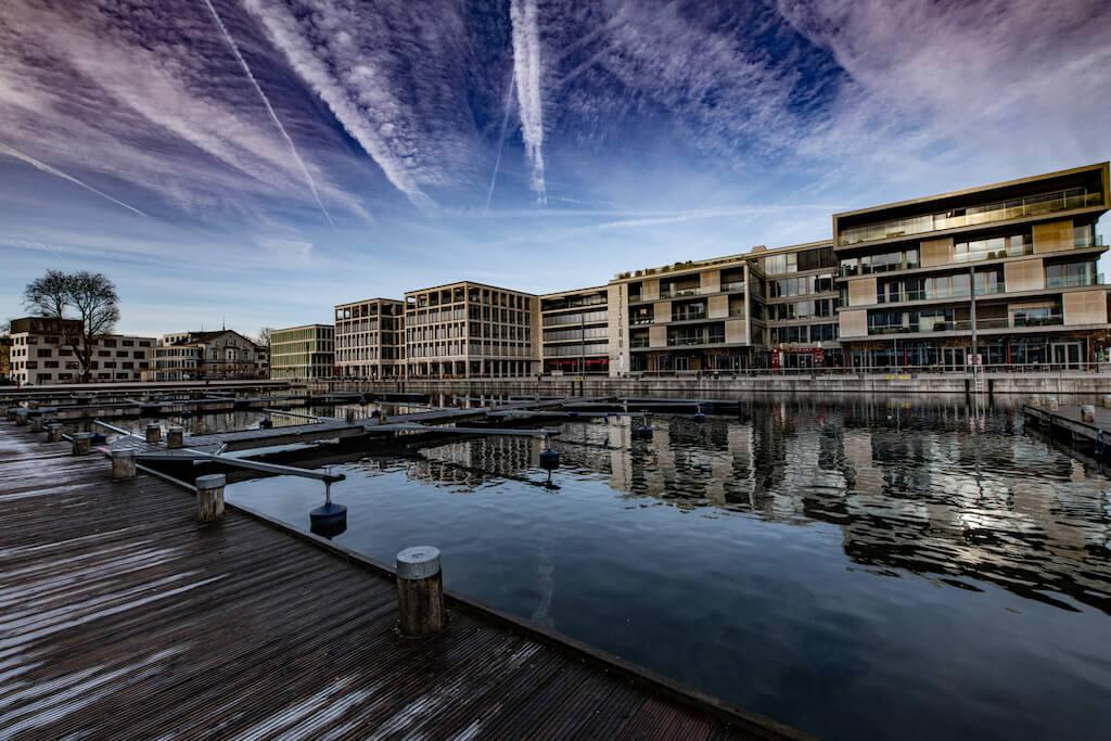 Phoenix-See am Hafenbecken in Dortmund