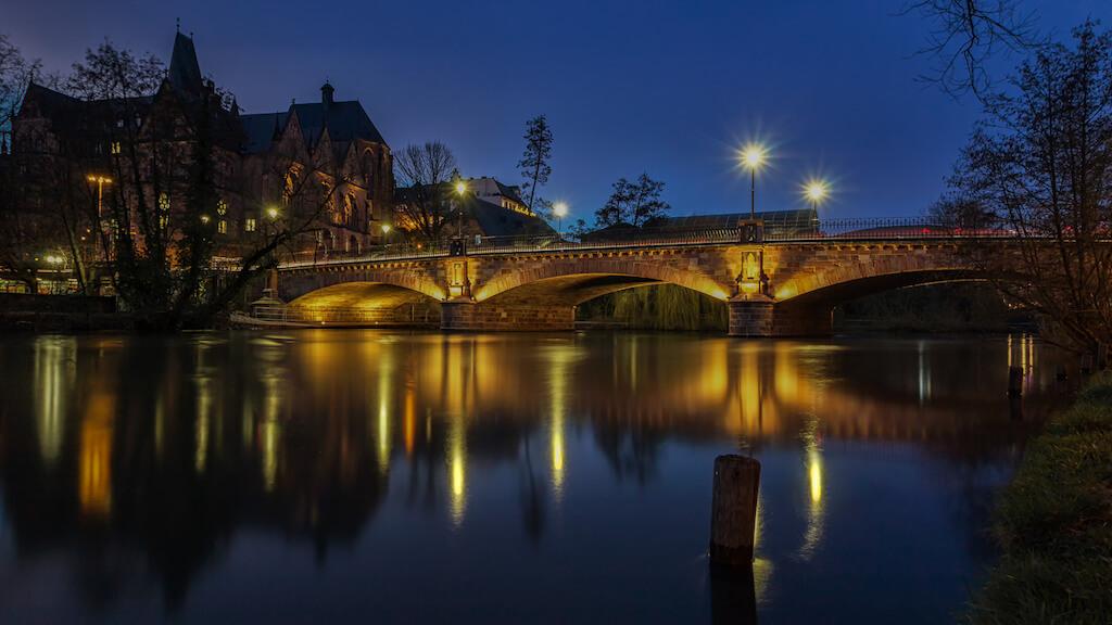 Weidenhäuser Brücke und Alte Universität in Marburg