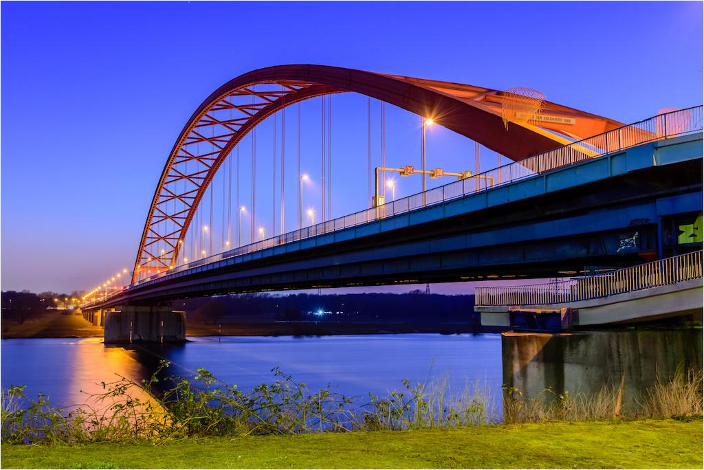 Brücke der Solidarität in Duisburg fotografieren
