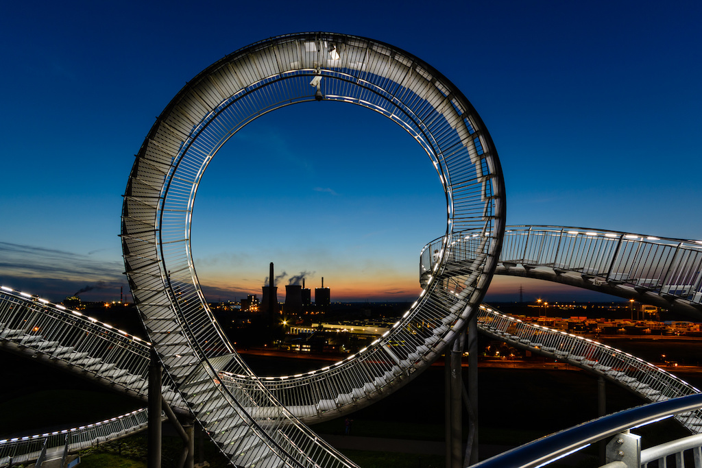 Ausblick vom Magic Mountain auf die HKM Duisburg