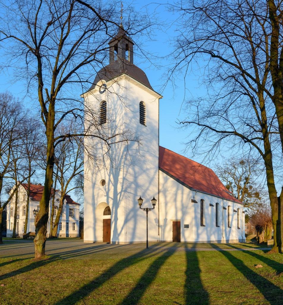 Friemersheimer Dorfkirche in Duisburg fotografieren