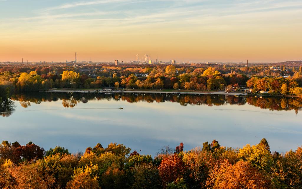 Aussichtsturm an der Duisburger Sechs-Seen-Platte