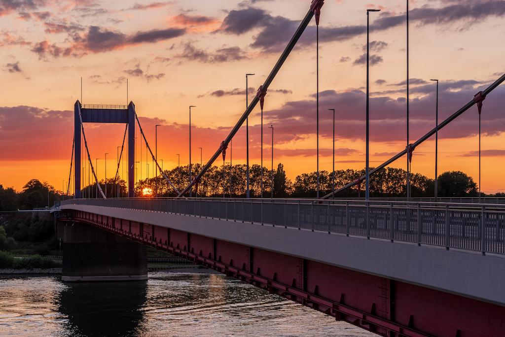Brücken in Duisburg in Szene setzen