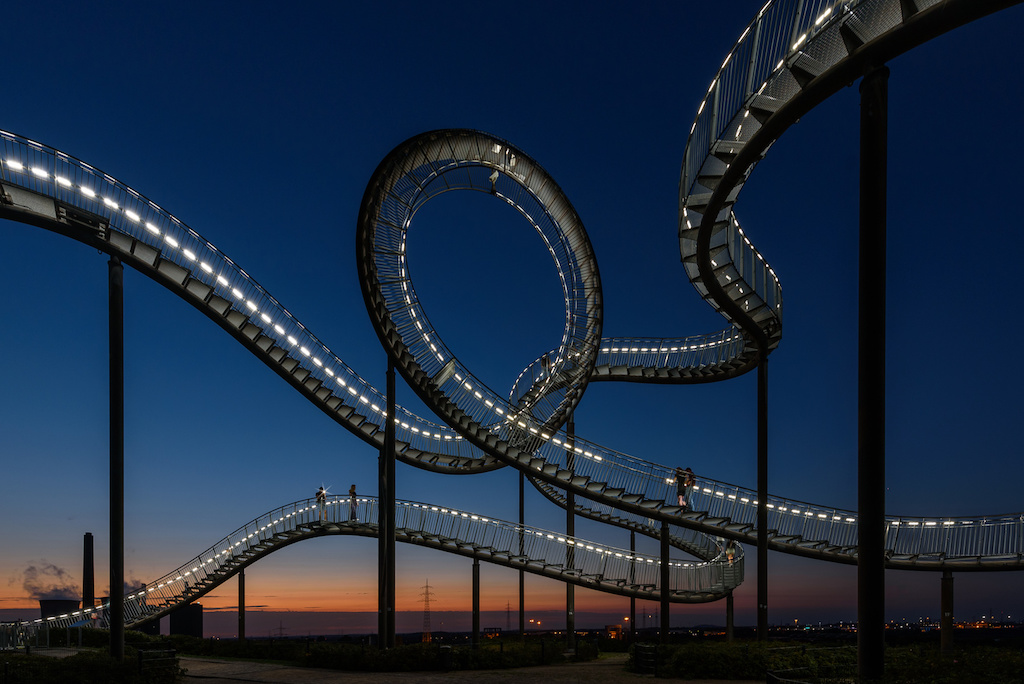 Tiger & Turtle - Magic Mountain in Duisburg fotografieren