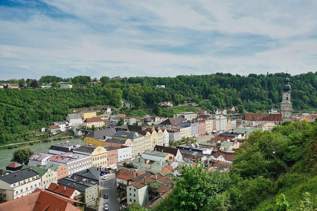 Altstadt mit Stadtplatz in Burghausen
