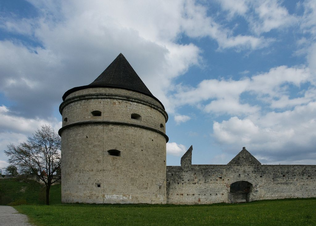 Alten Wehrturm in Burghausen fotografieren