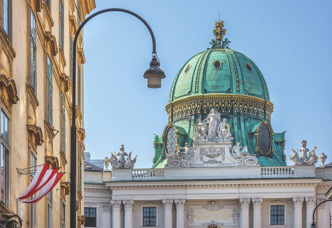 Wiener Hofburg mit Blick auf Michaelerplatz ohne Oberleitungen