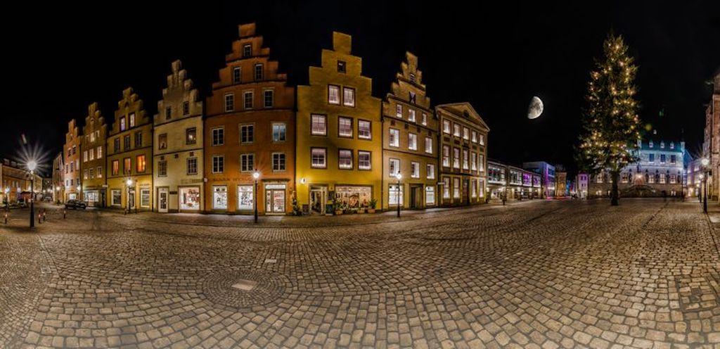 Marktplatz mit Halbmond in Osnabrück