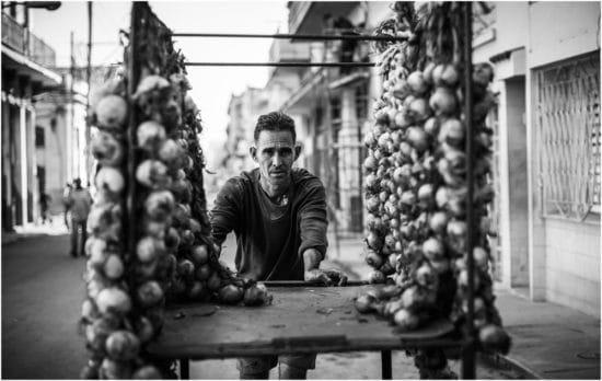 Zwiebelverkäufer in Havanna