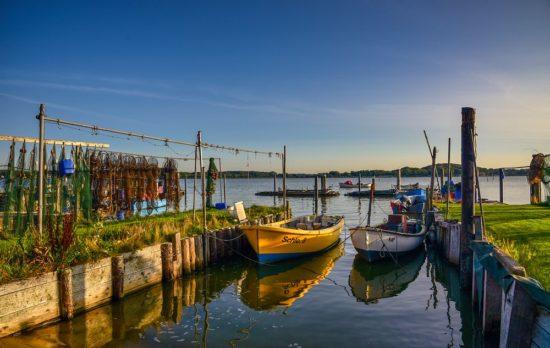 Der Hafen mit Booten in Schleswig fotografiert von JörgMurawski
