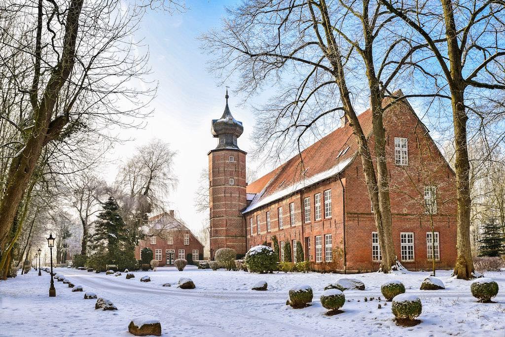 Die Burg Kniphausen als Fotomotiv in Wilhelmshaven