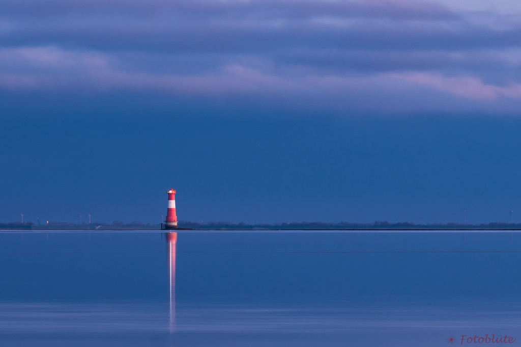 Der Leuchtturm Arngast an der Nordsee