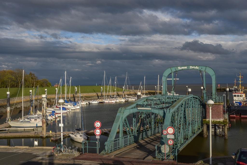 Der Nassauhafen in Wilhelmshaven als Fotomotiv