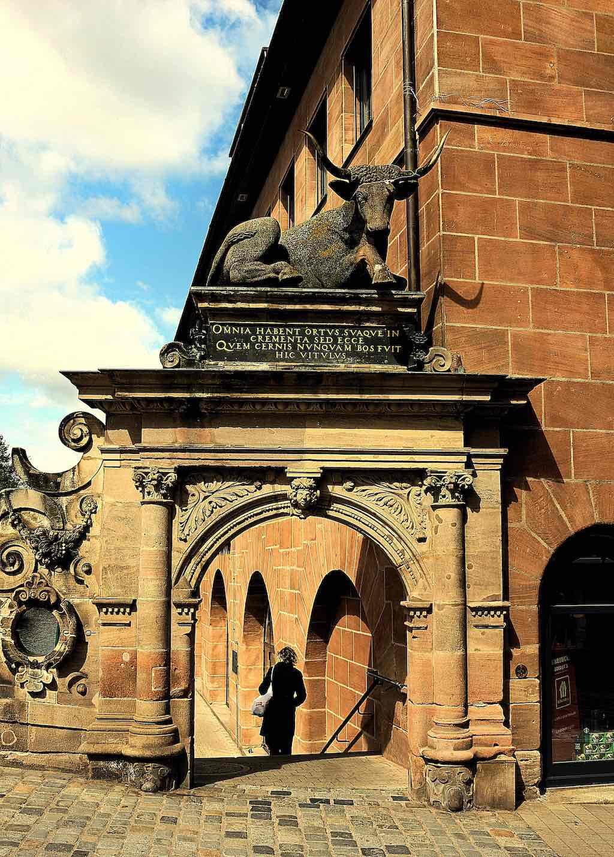 Sehenswürdigkeiten in Nürnberg fotografieren: Das Ochsenportal